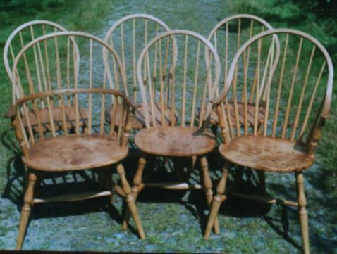 A set of mixed chairs in Oak